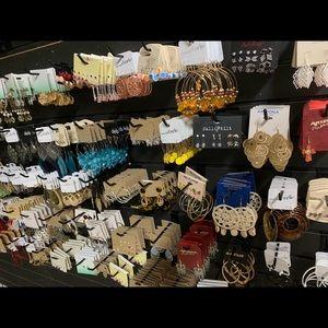 NWT Lot of 12 fashion jewelry earrings wholesale